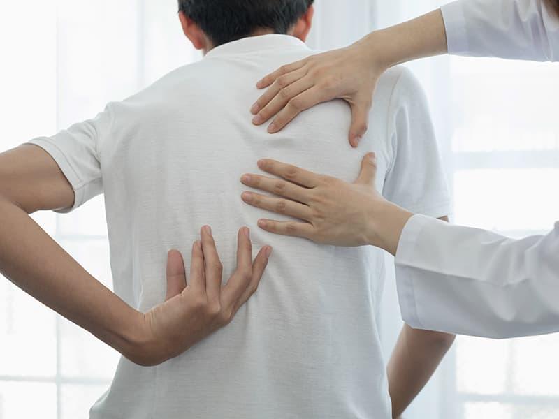 損害賠償額への影響も?交通事故の治療で接骨院(整骨院)を使う際の注意点
