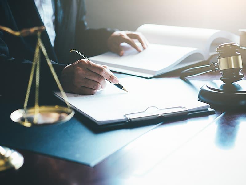 裁判所による請求の手続きと流れ