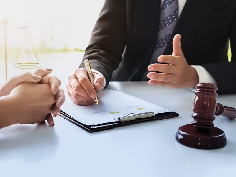 話し合いを弁護士に依頼するメリット