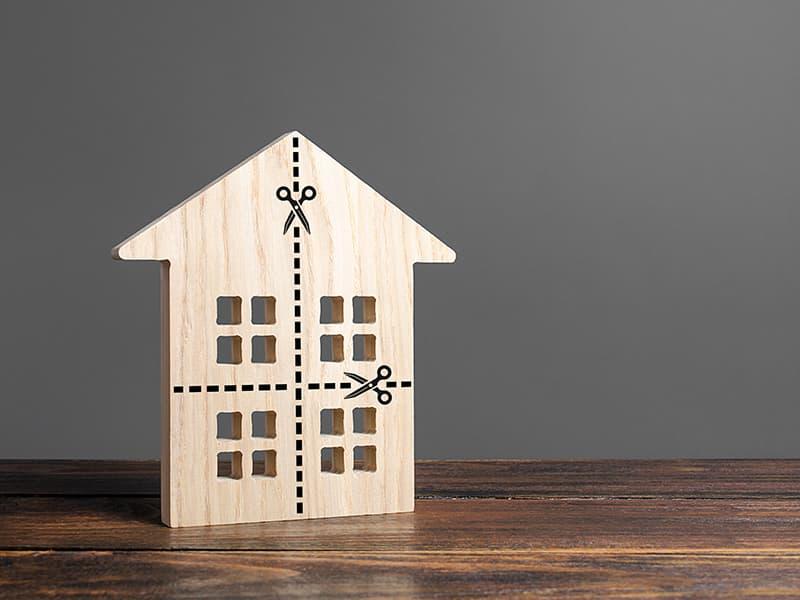 離婚する際「持ち家」の財産分与はどうすれば?