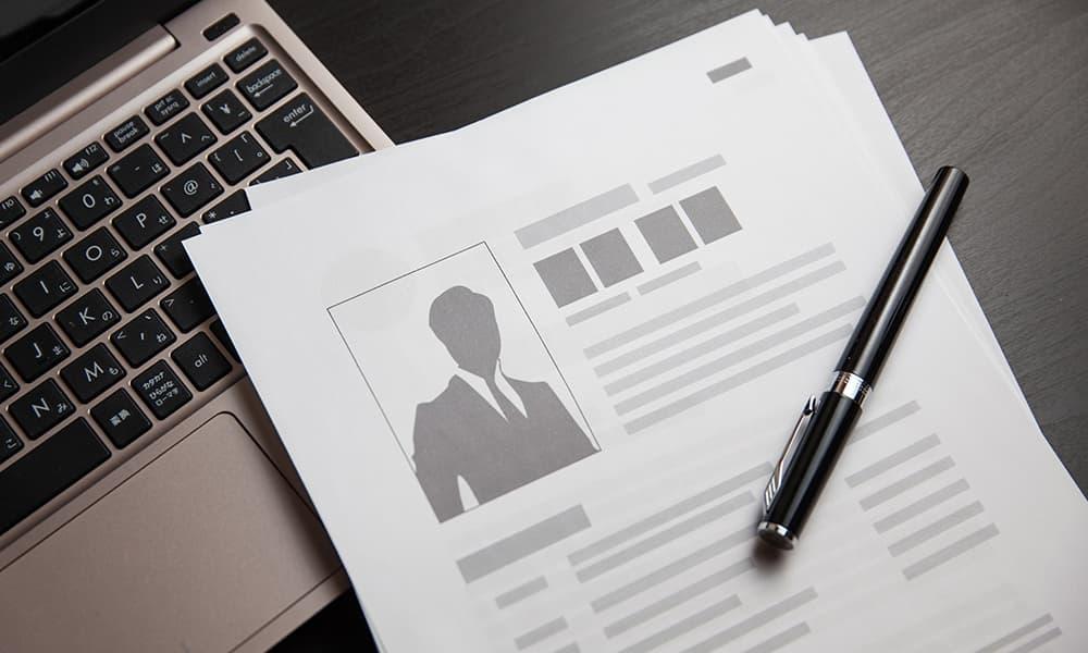 リファラル採用(社員紹介制度)に関して生じ得る法的問題