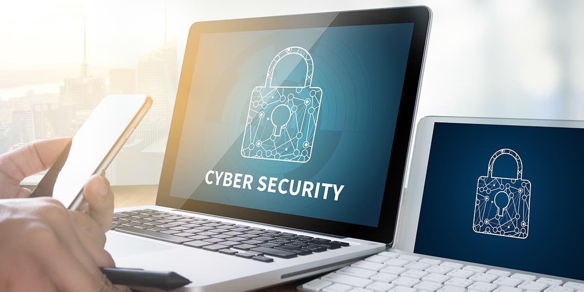個人情報流出、DXにおける「サイバーセキュリティ」とは