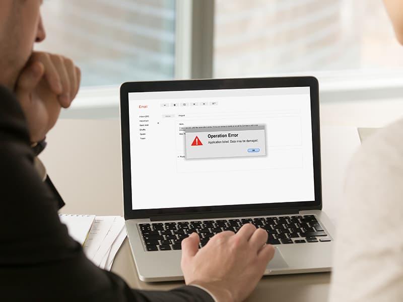 データ消失事故を予防!ITベンダーとの契約で確認すべきポイントとは?