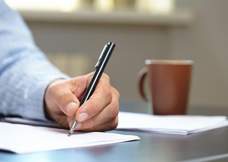 遺言書を親に書いてもらう際の注意点
